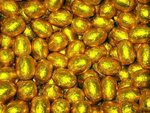 Foil+chocolate+Easter+Eggs-gold.jpg